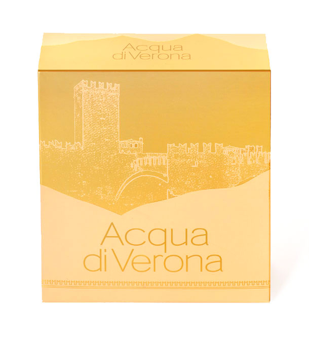 Packaging designfemminile di Acqua di Verona